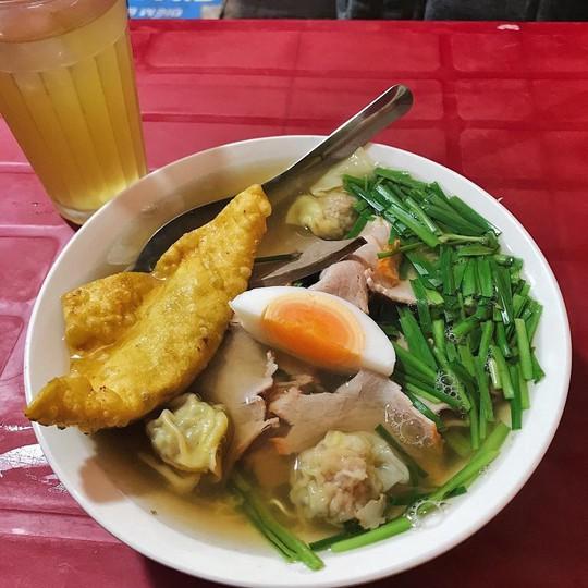 5 địa chỉ ăn mì vằn thắn ngon cho ngày se lạnh ở Hà Nội - Ảnh 5.