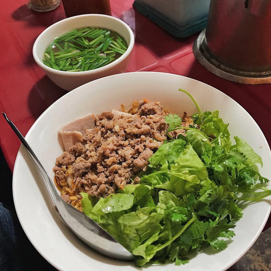 5 địa chỉ ăn mì vằn thắn ngon cho ngày se lạnh ở Hà Nội - Ảnh 6.