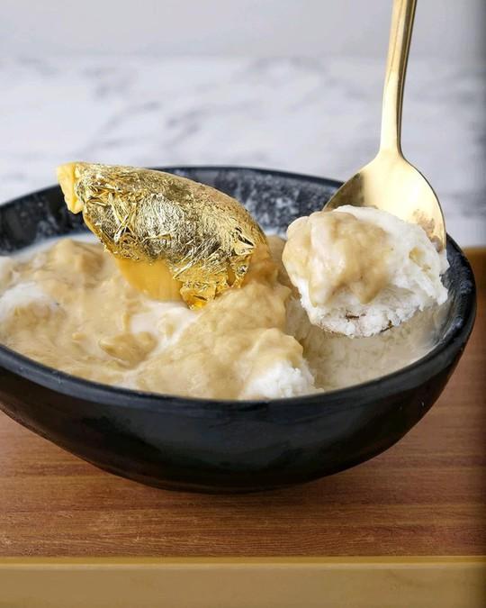Món sầu riêng dát vàng 24k sang chảnh bậc nhất Singapore - Ảnh 7.