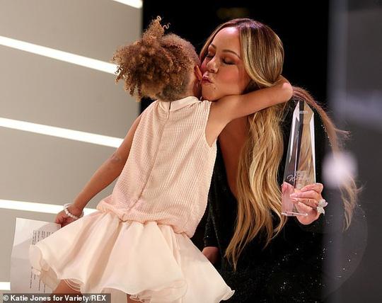 Mariah Carey được vinh danh phụ nữ quyền lực năm 2019 - Ảnh 3.