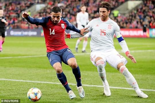 Bị Na Uy cầm hòa, cựu vô địch Tây Ban Nha sốc nặng - Ảnh 3.