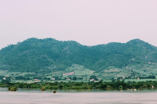 Đập Đồng Cam - báu vật của xứ hoa vàng trên cỏ xanh - Ảnh 4.