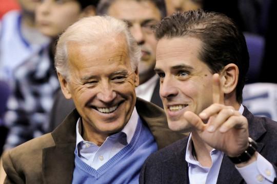 Con trai ông Joe Biden bỏ công ty Trung Quốc vì ông Donald Trump - Ảnh 1.