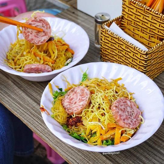 Bún mắm lòng và loạt món ăn ngon không thể bỏ qua ở Đà Nẵng - Ảnh 8.