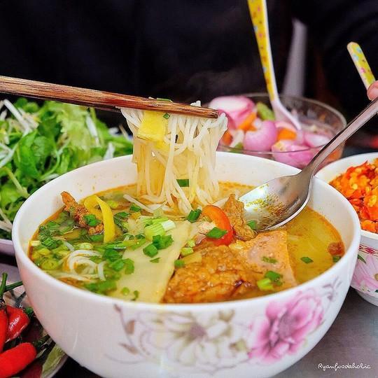 Bún mắm lòng và loạt món ăn ngon không thể bỏ qua ở Đà Nẵng - Ảnh 9.