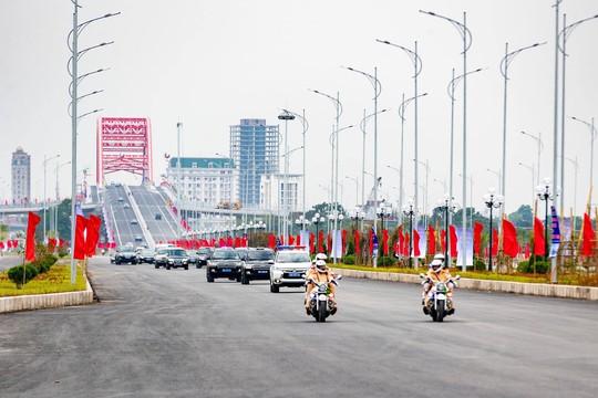 Thủ tướng Nguyễn Xuân Phúc: Không vì lợi ích kinh tế mà bỏ qua môi trường - Ảnh 4.