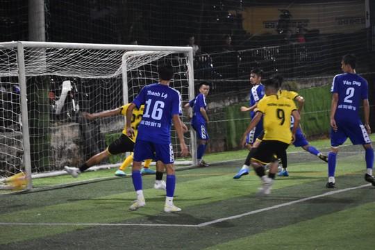 Giải bóng đá mừng Ngày Doanh nhân Việt Nam tại Phú Quốc - Ảnh 1.