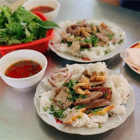 Răng mực và những món ngon Phan Thiết hút tín đồ ẩm thực - Ảnh 2.