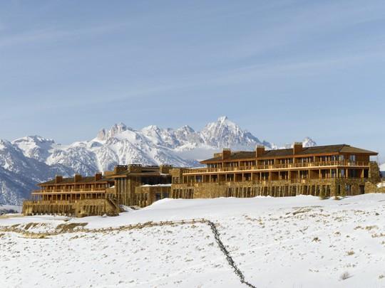 5 khách sạn biệt lập trên núi thu hút khách du lịch - Ảnh 2.