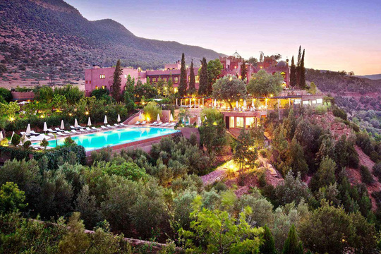 5 khách sạn biệt lập trên núi thu hút khách du lịch - Ảnh 5.