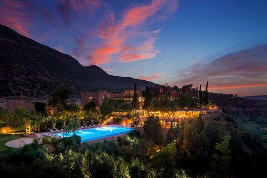 5 khách sạn biệt lập trên núi thu hút khách du lịch - Ảnh 6.