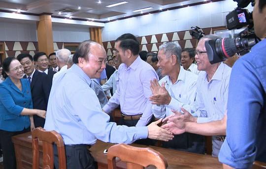 Thủ tướng Nguyễn Xuân Phúc: Không vì lợi ích kinh tế mà bỏ qua môi trường - Ảnh 2.