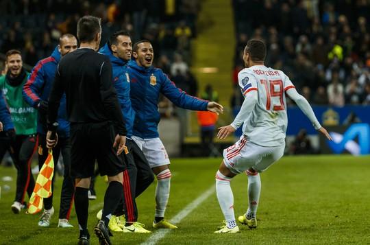 Tây Ban Nha giành vé dự Euro, gieo sầu cho Quỷ đỏ Man United - Ảnh 8.