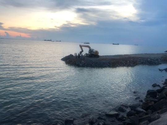 Bà Rịa - Vũng Tàu mổ xẻ sai phạm của dự án lấp biển làm thủy cung - Ảnh 1.