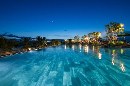 Resort 4 sao đầu tiên tại Quảng Ngãi thắng giải Resort xanh và thân thiện với môi trường - Ảnh 2.