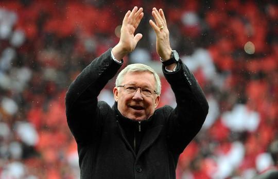 Alex Ferguson bị tố bán đứng M.U - Ảnh 1.