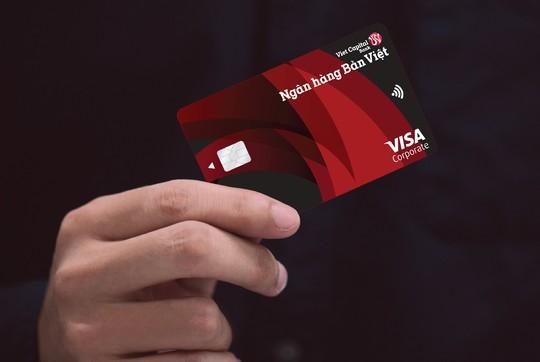 Thẻ Visa Corporate Bản Việt: Vũ khí tài chính cho doanh nghiệp vừa và nhỏ - Ảnh 1.