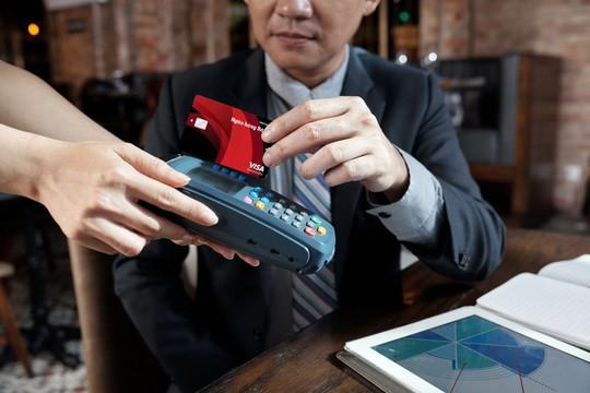 Thẻ Visa Corporate Bản Việt: Vũ khí tài chính cho doanh nghiệp vừa và nhỏ - Ảnh 2.