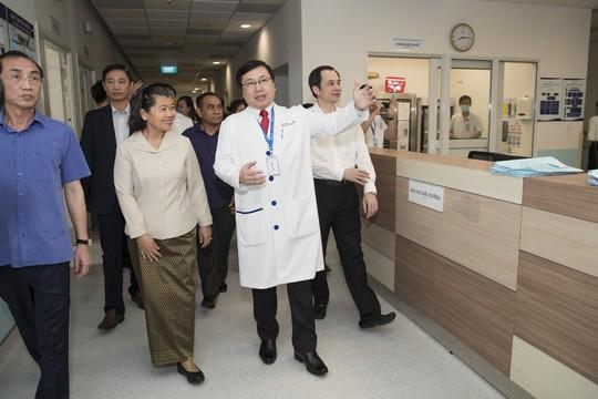 Phó Thủ tướng Campuchia, bà Sam An: Tôi sẽ khám và chữa bệnh tại bệnh viện Gia An 115 - Ảnh 1.