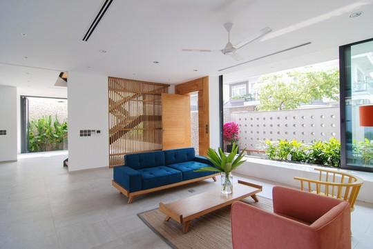 Ngôi nhà tại TP HCM sở hữu không gian đẹp từ ngoài vào trong - Ảnh 5.