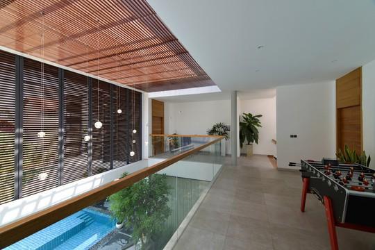 Ngôi nhà tại TP HCM sở hữu không gian đẹp từ ngoài vào trong - Ảnh 9.