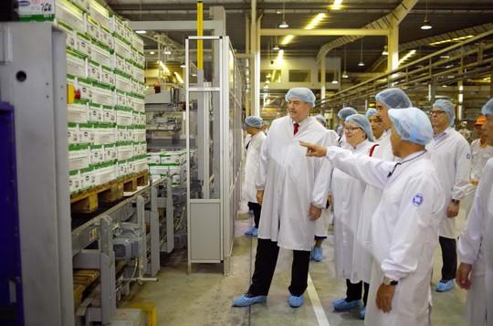 Bộ Nông nghiệp Mỹ đánh giá cao ngành sữa Việt Nam - Ảnh 1.