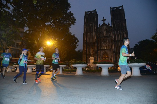 VPBank Hanoi Marathon - Sự khẳng định phong độ của các VĐV Việt Nam - Ảnh 1.