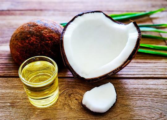 Chanh, dầu dừa sẽ trị mụn hiệu quả hay làm da mặt bạn xấu thêm? - Ảnh 1.