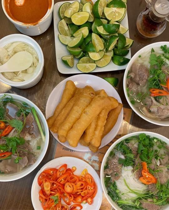 Đi tìm 5 quán phở đông khách bậc nhất ở Hà Nội - Ảnh 6.