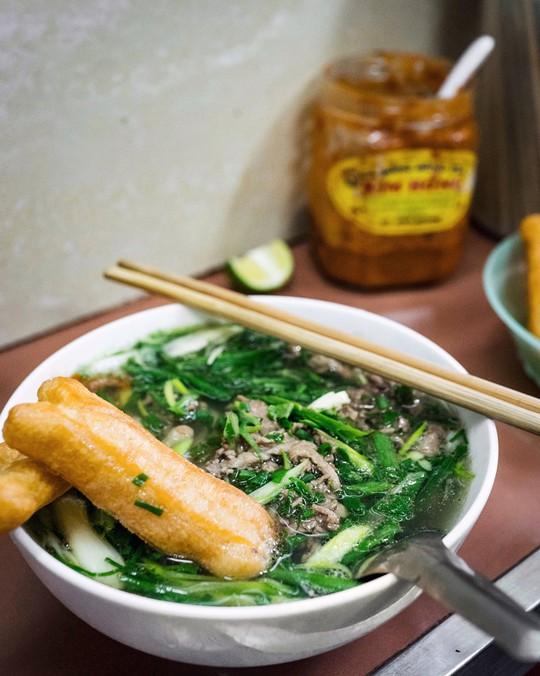 Đi tìm 5 quán phở đông khách bậc nhất ở Hà Nội - Ảnh 8.