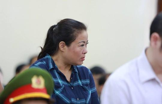 Gian lận thi cử ở Hà Giang: Tòa kiến nghị Bộ Công an điều tra có hay không việc đưa và nhận hối lộ - Ảnh 10.