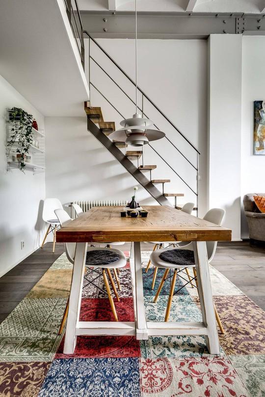 Tận dụng trần cao, thiết kế thêm gác lửng cho căn hộ siêu xinh - Ảnh 4.