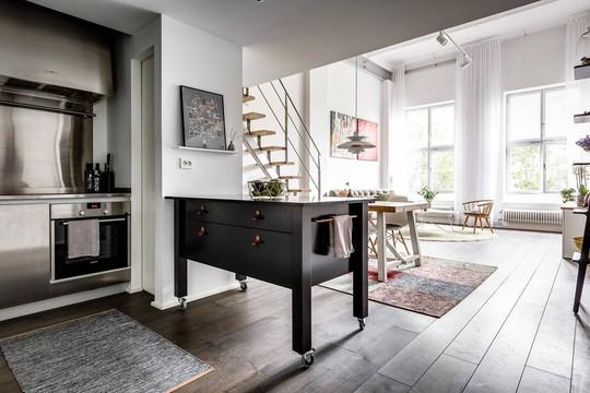 Tận dụng trần cao, thiết kế thêm gác lửng cho căn hộ siêu xinh - Ảnh 8.