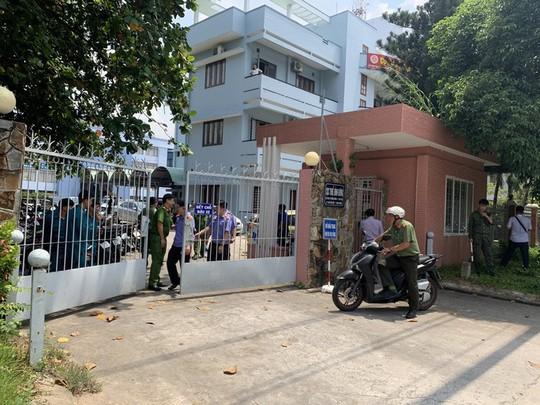 Vụ nổ tại Cục thuế tỉnh Bình Dương: Khởi tố vụ án khủng bố chống chính quyền - Ảnh 1.