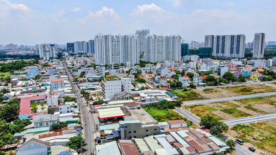 Quỹ đất TP HCM siết chặt, xu hướng đầu tư ngược về phía Nam  - Ảnh 2.
