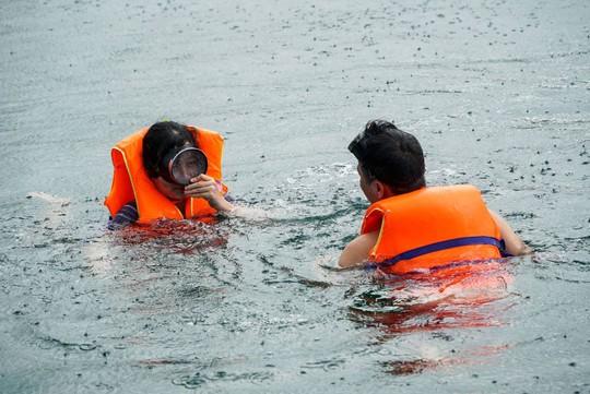 Câu cá, lặn biển ngắm san hô ở Phú Quốc - Ảnh 7.