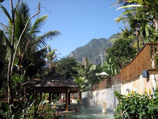 Thư giãn ở 6 suối nước nóng nổi tiếng nhất Đài Loan - Ảnh 4.