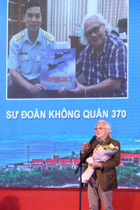 Đảo và bờ biển Việt Nam của Giản Thanh Sơn: Mỗi hòn đảo như một trái tim! - Ảnh 2.