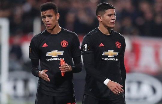 Dứt điểm kém, Man United mất ngôi đầu Europa League - Ảnh 3.