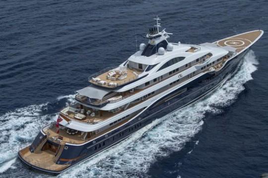 Có gì trong siêu du thuyền dài nhất thế giới có cả sân đáp trực thăng? - Ảnh 1.