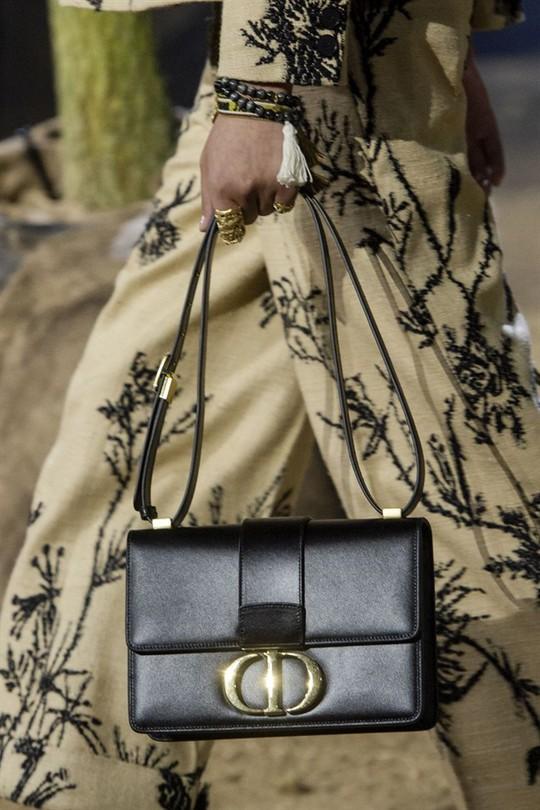 Xu hướng túi xách cập nhật từ các tuần lễ thời trang nổi tiếng - Ảnh 3.