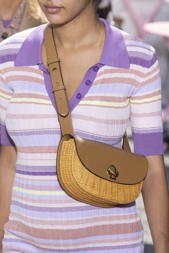 Xu hướng túi xách cập nhật từ các tuần lễ thời trang nổi tiếng - Ảnh 12.