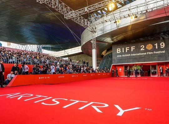 Artistry tiếp tục là nhà tài trợ kim cương Liên hoan phim quốc tế Busan 2019 - Ảnh 2.