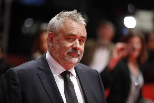 Đạo diễn Luc Besson phủ nhận cáo buộc cưỡng hiếp diễn viên trẻ - Ảnh 1.