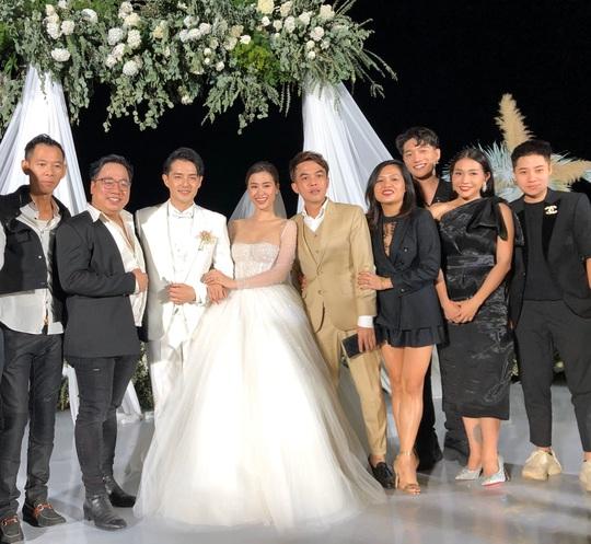 Sau cưới Đông Nhi, Ông Cao Thắng làm phim Chiến dịch chống ế - Ảnh 3.