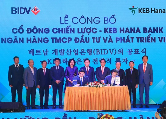 KEB Hana Bank là cổ đông chiến lược nước ngoài của BIDV - Ảnh 1.