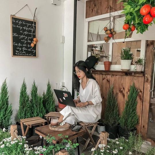 Những quán cà phê phong cách Đà Lạt ở Sài thành - Ảnh 1.