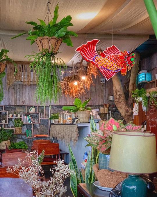 Những quán cà phê phong cách Đà Lạt ở Sài thành - Ảnh 17.
