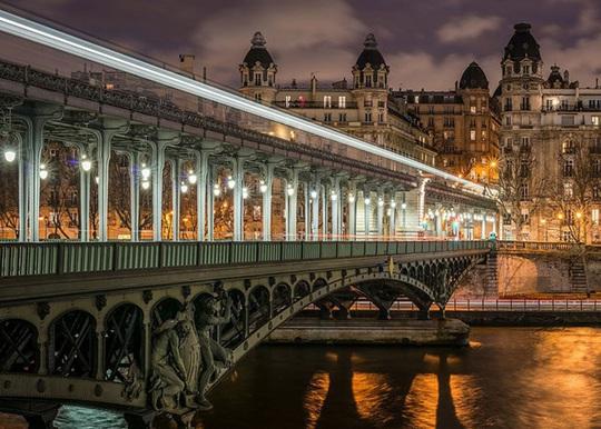 Mách bạn những nơi chụp ảnh đẹp nhất khi thăm thú Paris - Ảnh 5.