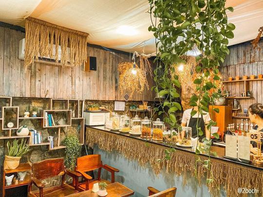 Những quán cà phê phong cách Đà Lạt ở Sài thành - Ảnh 23.